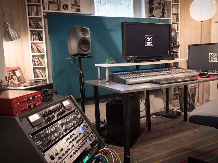 Studio db Square